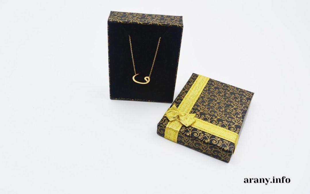 Arany ékszer ajándékba